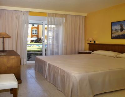 hotel las dunas cadiz: