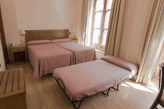 BenidormVacaciones.com - HOTEL GRANADA CENTRO*
