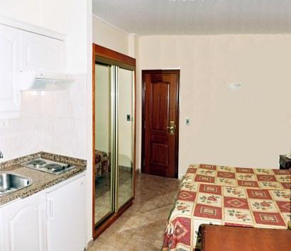 hotel tropical puerto cruz: