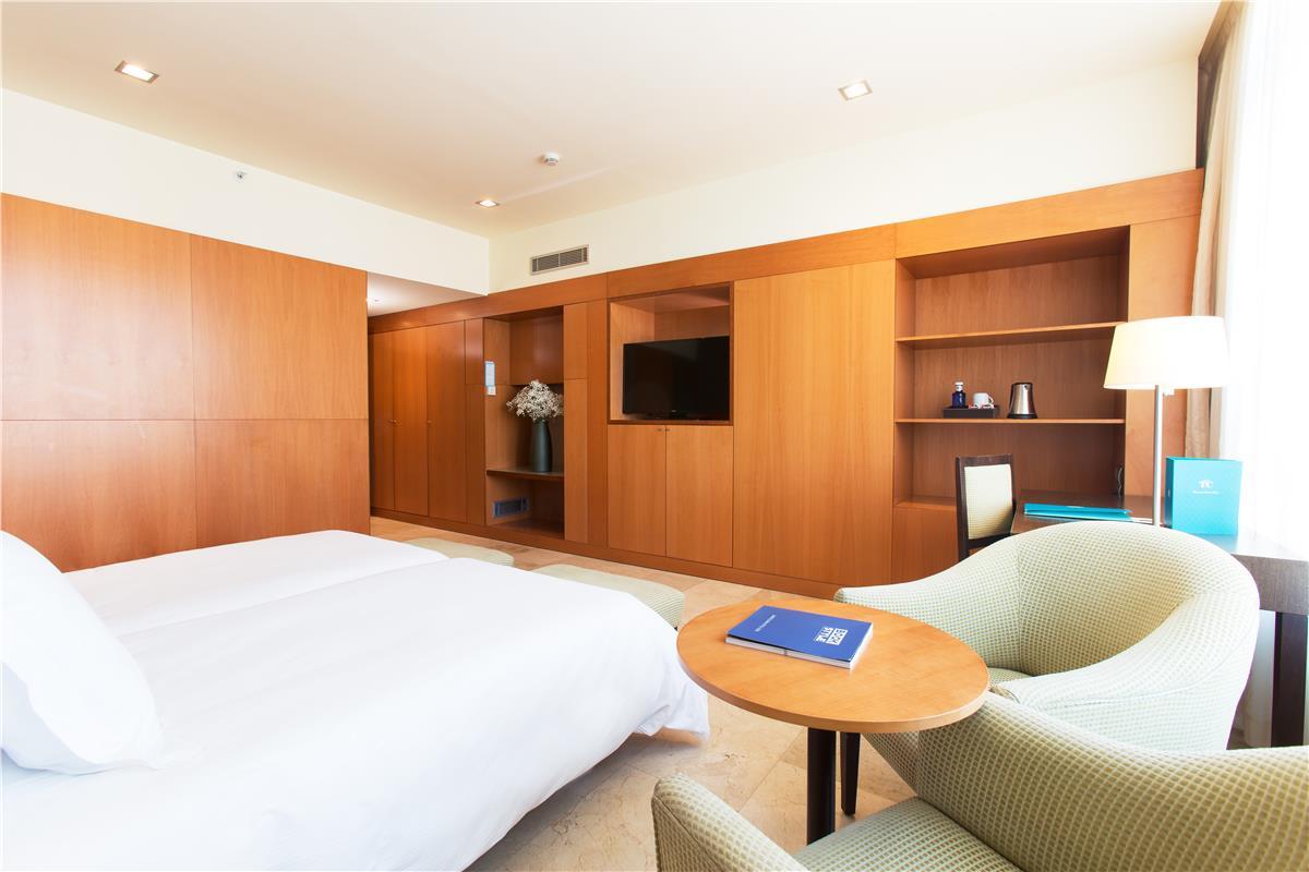 BenidormVacaciones.com - GRAN HOTEL TORRE CATALUNYA