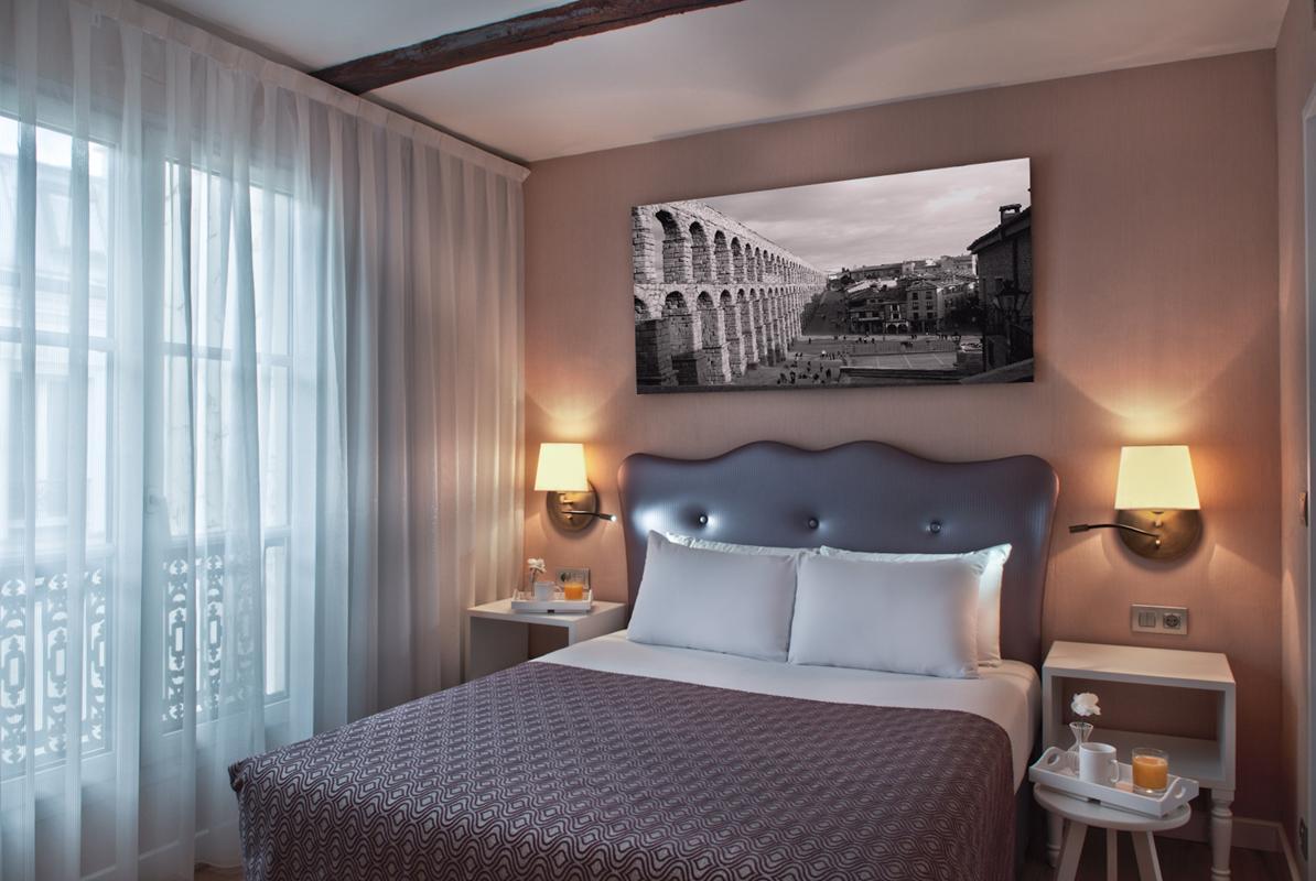 Hotel  Los Linajes Hotel