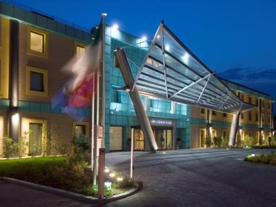 Crowne plaza malpensa apt early booker for Booker un hotel