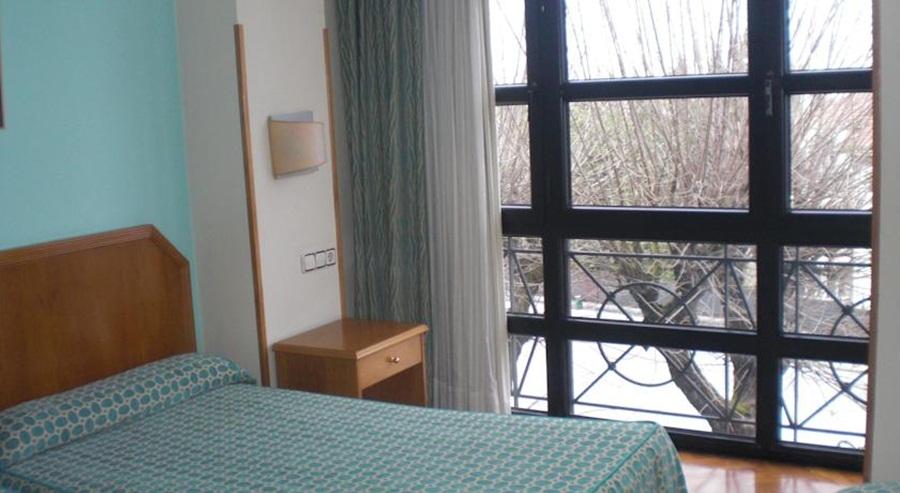 ASTURES - hoteles en OVIEDO