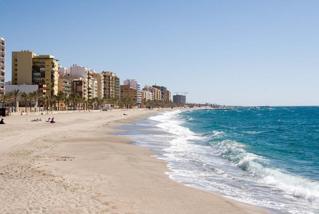Apartment apartamentos 169 playa suites 1 key apartment in almeria capital close to the - Apartamentos almeria ...