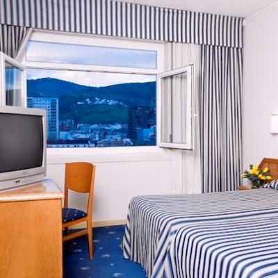 BenidormVacaciones.com - HOTEL PARQUE