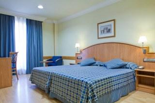 BenidormVacaciones.com - HOTEL  II CASTILLAS MADRID*